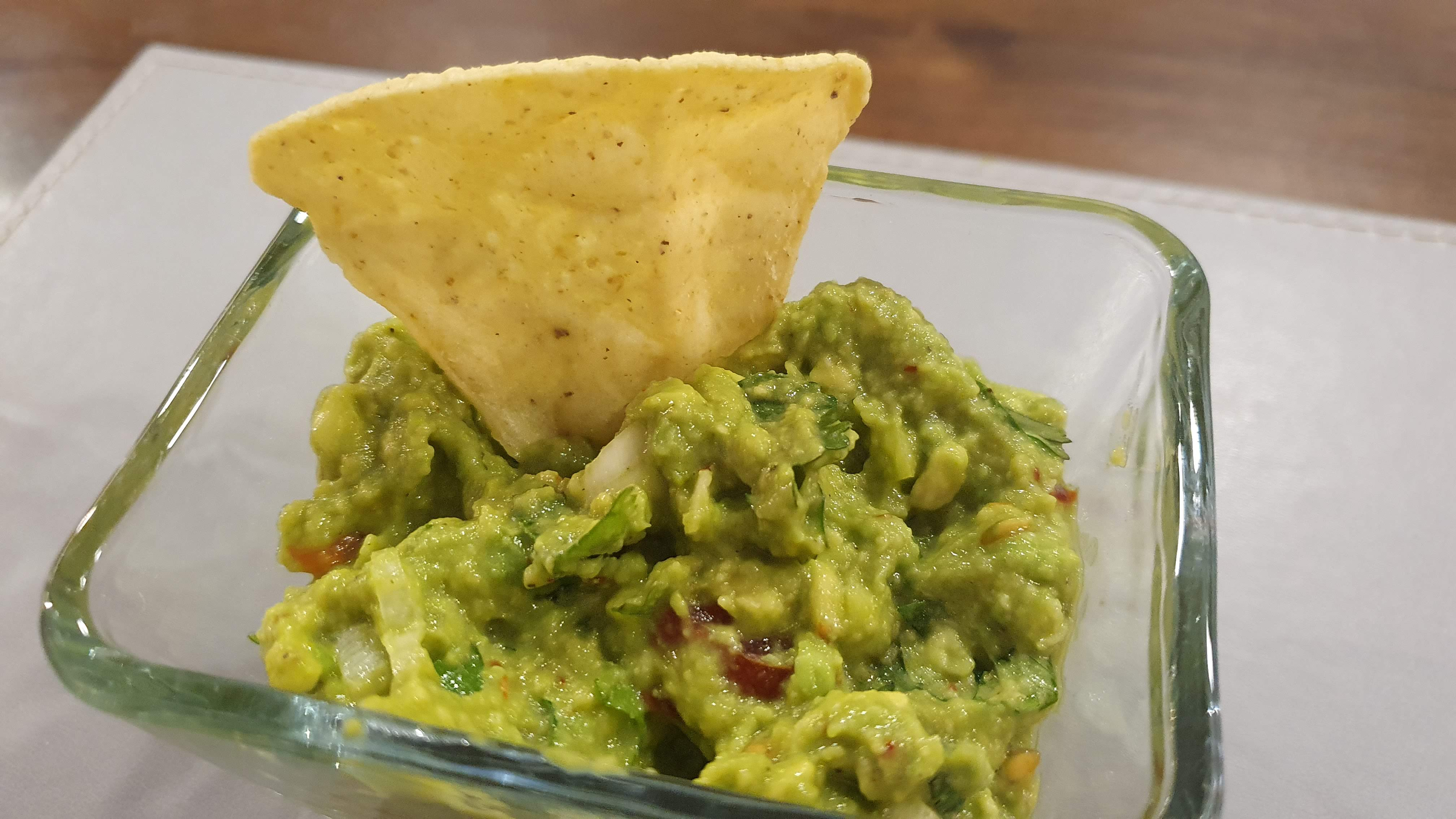 Recept avokádovú nátierku – guacamole
