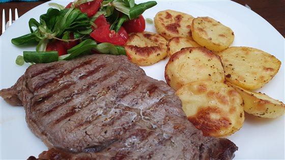 Hovädzí steak so zlatými dukátmi