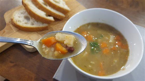 Hŕstková polievka so zeleninou