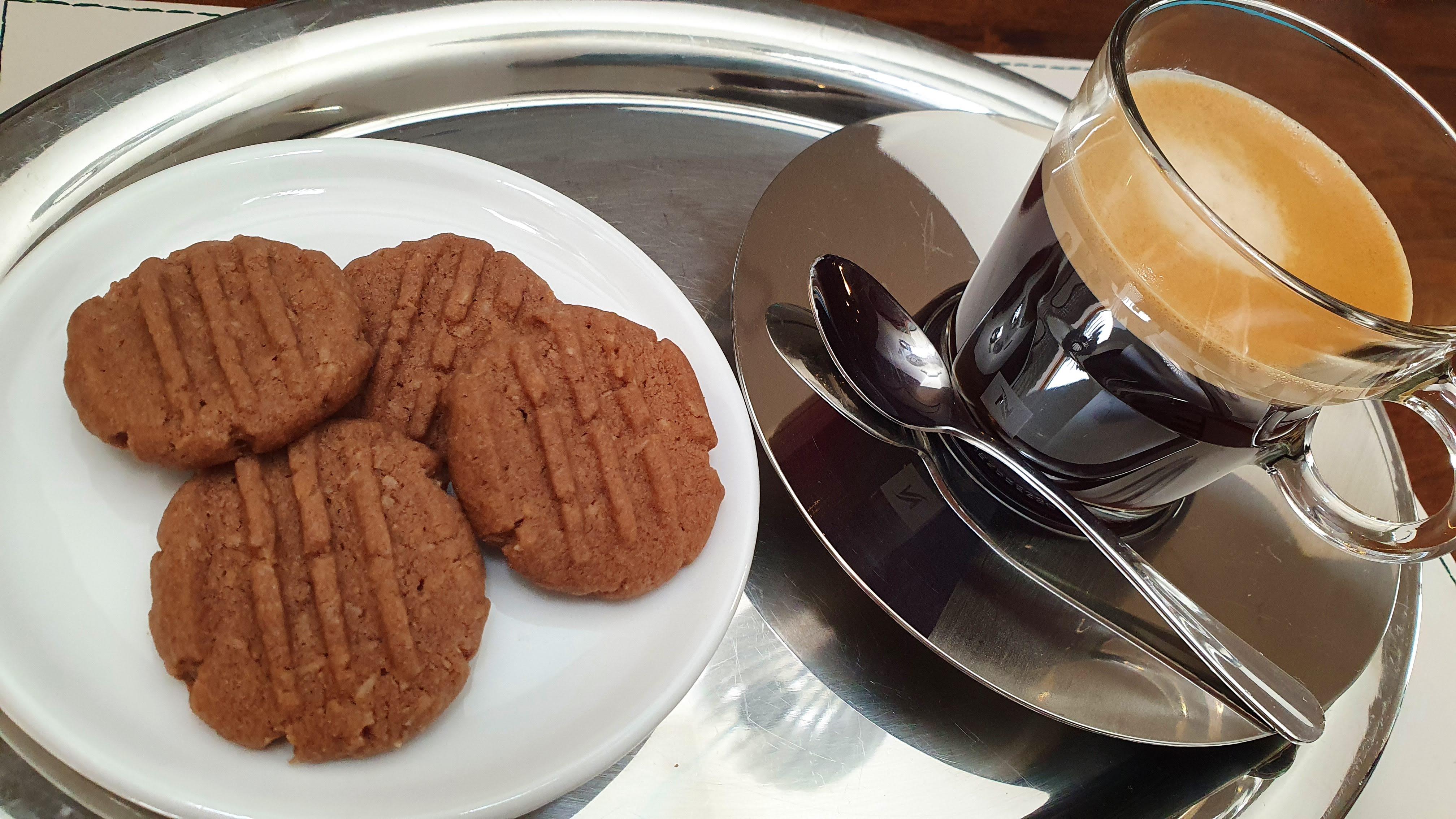 Recept na kokosovo-kakaové sušienky - koka keksy