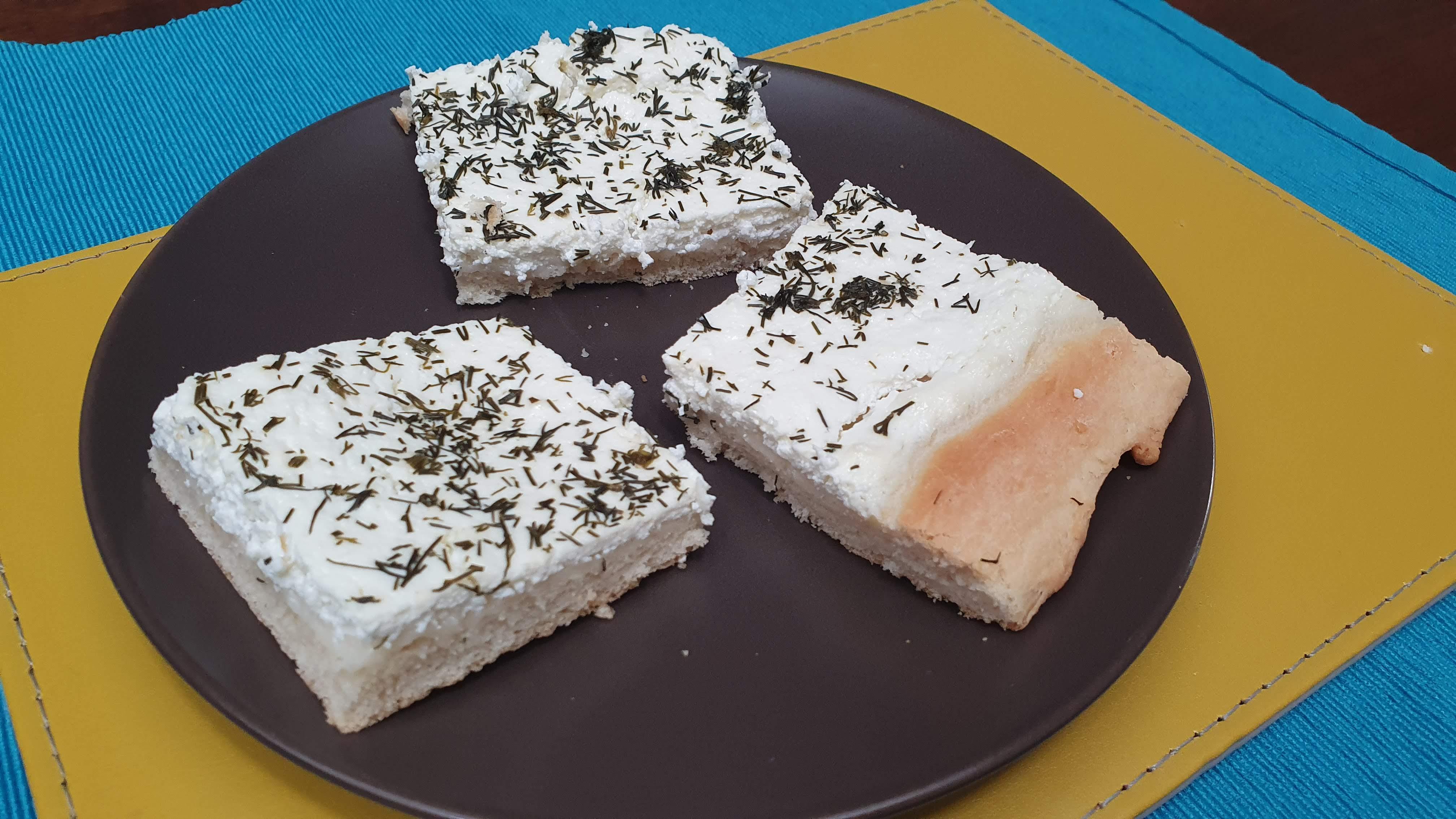 Slaný smotanový koláč s kôprom - recept