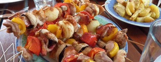 Ražničí s pečenými zemiakmi