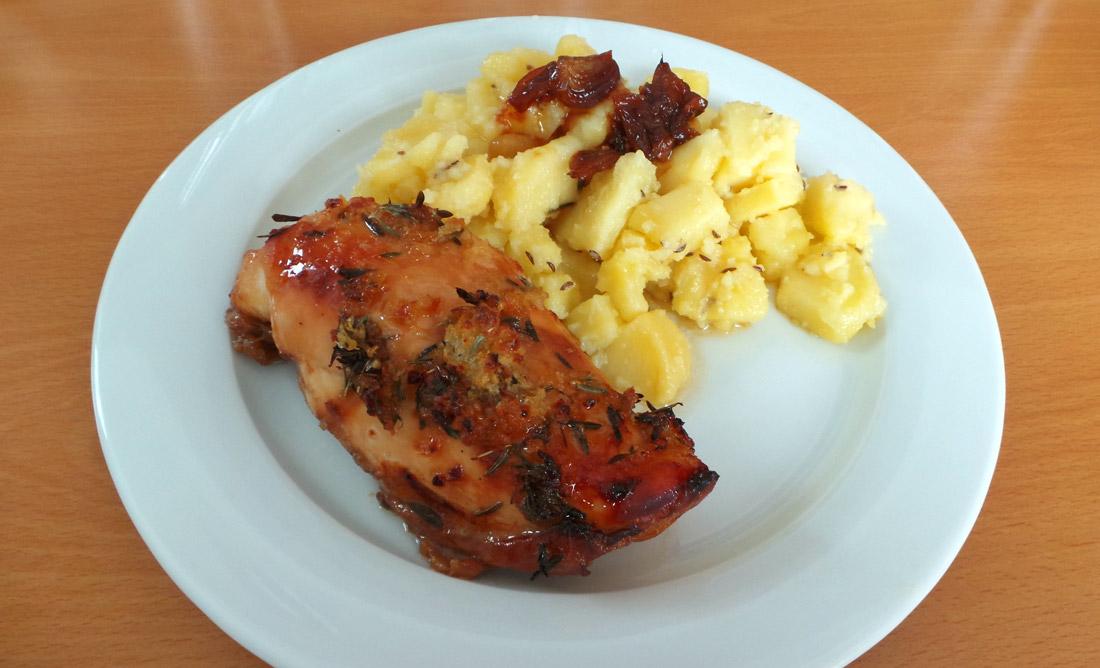 Kura a kačka na mede a cesnaku s opekanými zemiakmi – recept