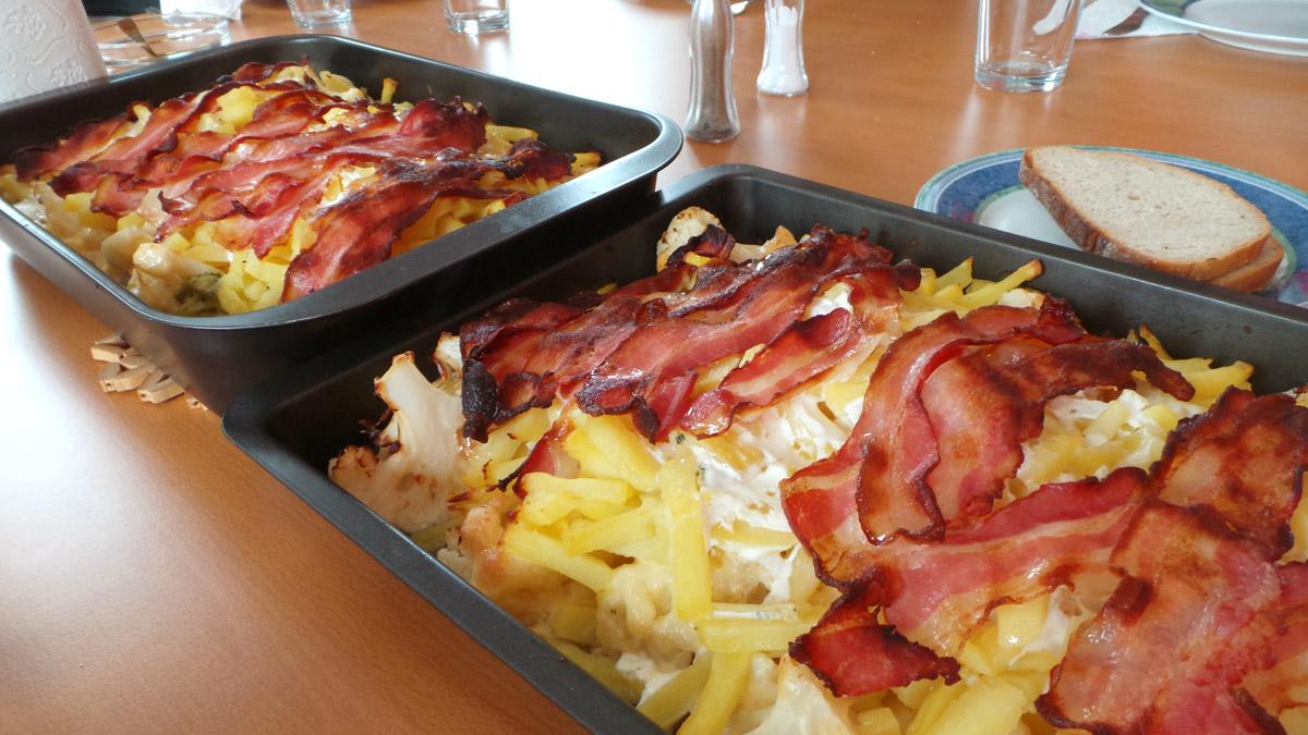 Zapekaný karfiol a brokolica so slaninou – recept