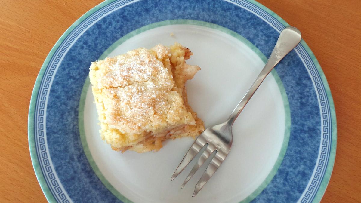 Krehký jablkový koláč