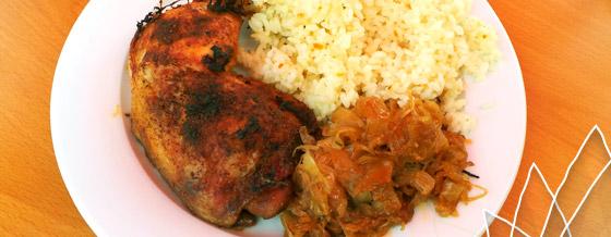 Kura pečené s kyslou kapustou a ryža