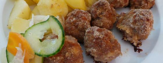 Pečené fašírky s opekanými zemiakmi
