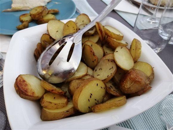 Pečené zemiaky na plechu